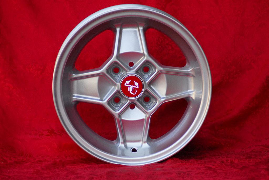 4 Cerchi in Lega Leggera Alfa Romeo CD30 Style 5.5Jx13 ET7 1