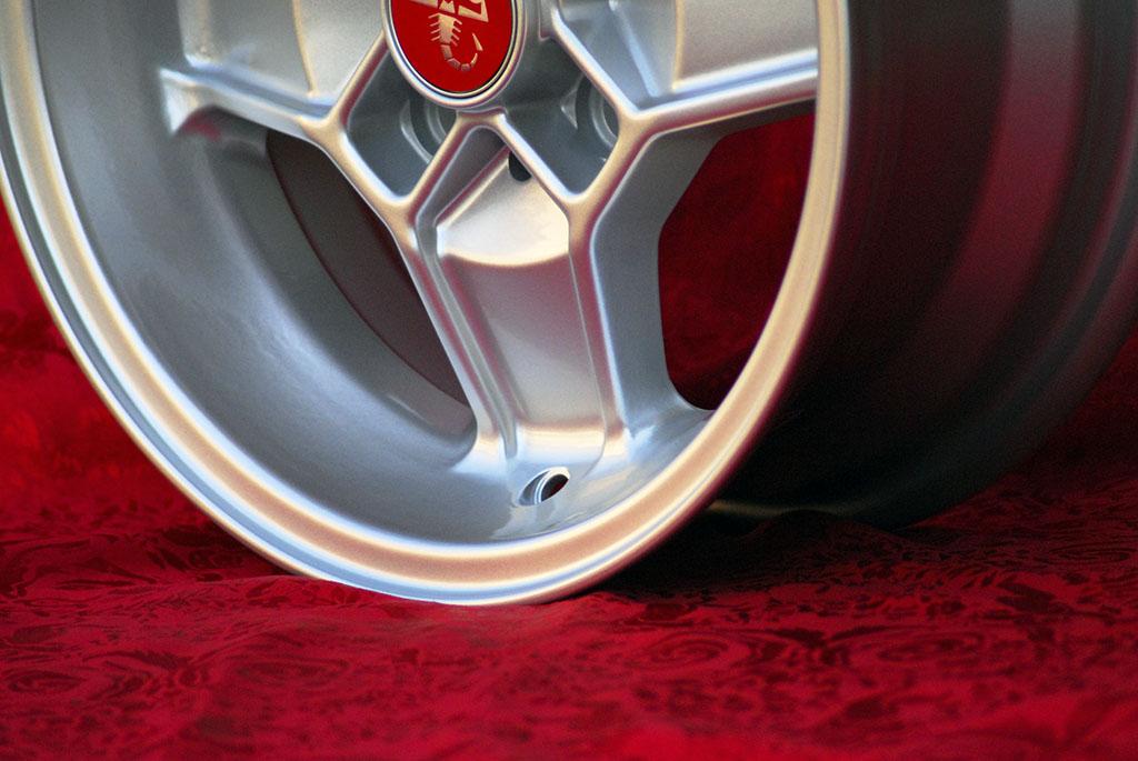 4 Cerchi in Lega Leggera Alfa Romeo CD30 Style 5.5Jx13 ET7 10