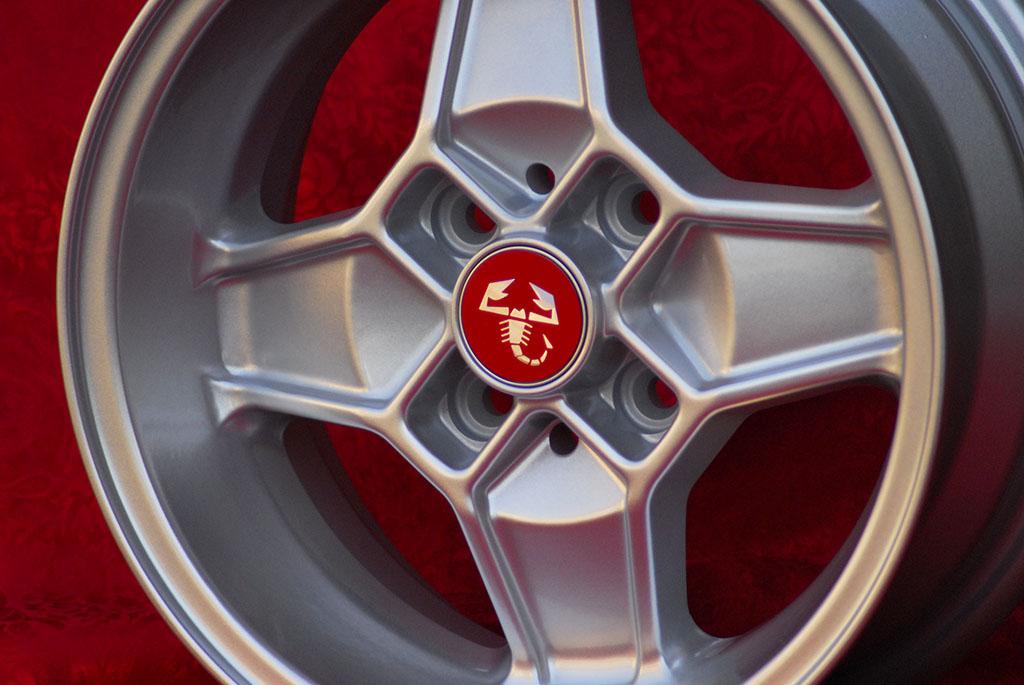 4 Cerchi in Lega Leggera Alfa Romeo CD30 Style 5.5Jx13 ET7 5