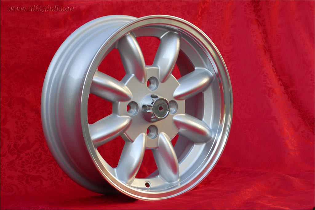 Saab Minilite 99  5.5x15 ET20 4x114.3 c/b 76.6 mm Wheel